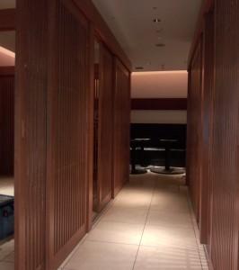 京王プラザホテル店舗建具1