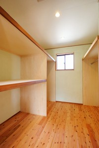 夏涼しく冬暖かい自然素材の家_写真8