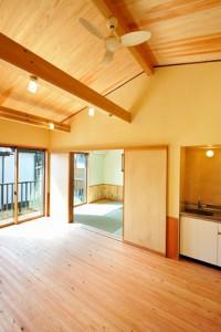夏涼しく冬暖かい自然素材の家_写真9