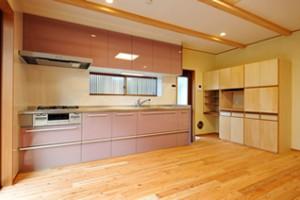 夏涼しく冬暖かい自然素材の家_写真1