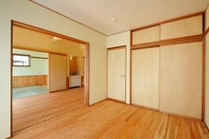 夏涼しく冬暖かい自然素材の家_写真7