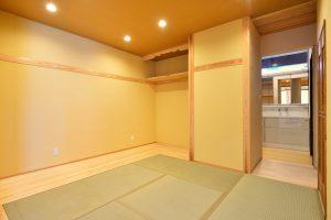 木と漆喰の家_写真2