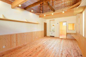 木と漆喰の家_写真12