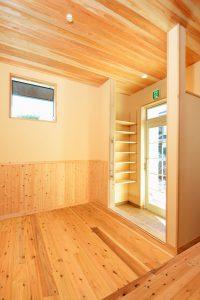 木と漆喰の家_写真13